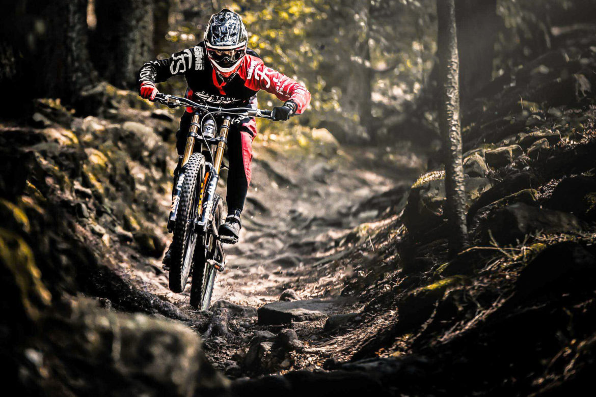 Downhill Veronika Widmann